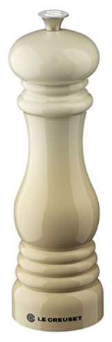 LeCreuset Salzmühle mandel -