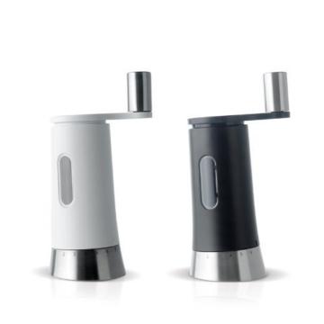 Pfeffermühle & Salzmühle Set – Kurbelmühle PEPISA – AdHoc Design -