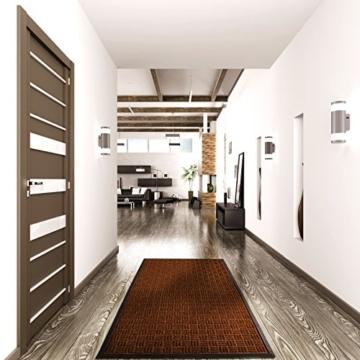etm® Fußmatte Ocean | für außen und innen | geprägte Struktur für optimale Reinigungswirkung | Schmutzfangmatte in vielen Größen und Farben (Braun 90x150 cm) - 4