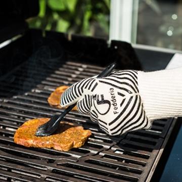 Premium Grillhandschuhe 2er Set weiß beige. Bis zu 500 °C Hitzeschutz. Ofenhandschuhe aus hitzebeständiger Nomex-Faser. Mit rutschfesten Silikonstreifen. - 4